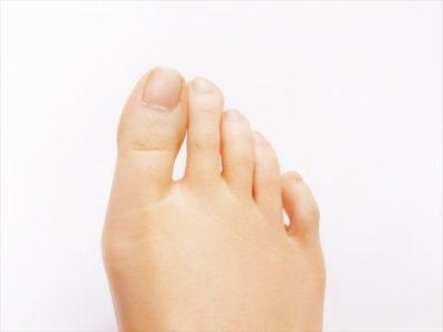 足の爪の垢